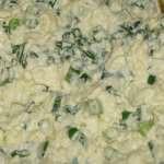 Салатик из яиц и зеленого лука
