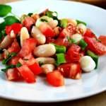 салат вегетарианский с фасолью