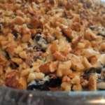 салат с плавленым сыром и черносливом