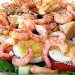 Салат с рыбой и креветками